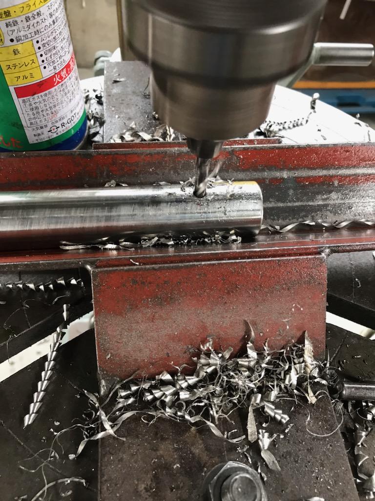 鉄棒シャフト加工
